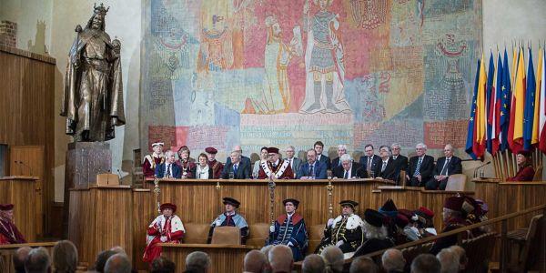 Slavnostní setkání ČKR v pražském Karolinu k výročí 25 let od založení.