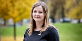 Země střední a východní Evropy stále nabízejí svým doktorandům méně peněz než jejich západní sousedé. A to je jedna z největších chyb, které národní vlády a akademická komunita mohou vůči svému vědeckému a výzkumnému prostředí udělat, říká Ewelina Pabjańczyk-Wlazło.
