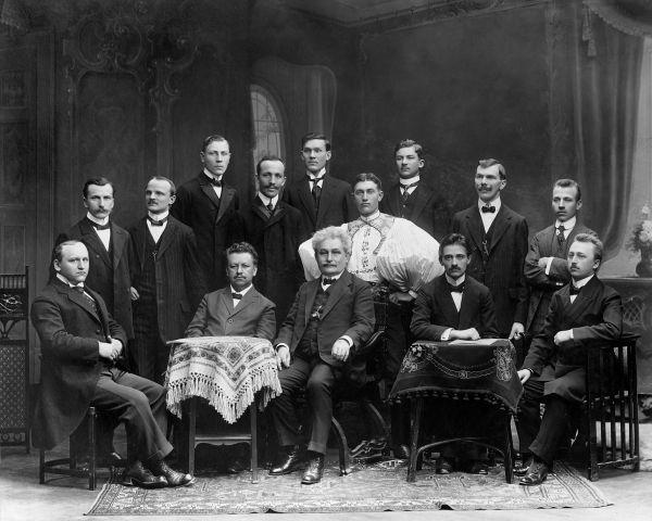 Leoš Janáček sprofesory varhanické školy aabsolventy varhanického kurzu 1914.