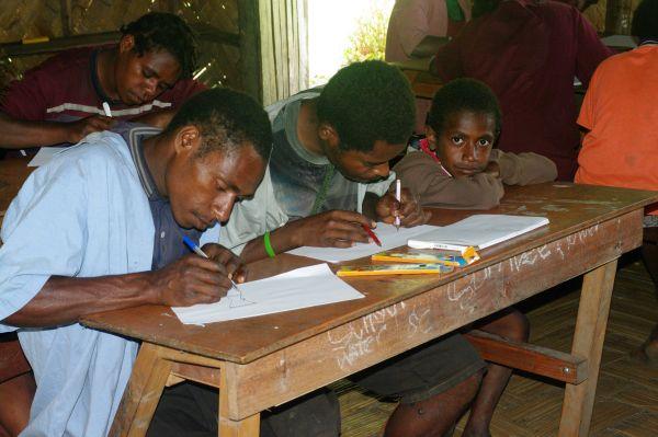 Z výzkumu vzákladní škole ve vesnici Yawan.