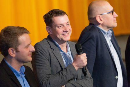 Autor snímku Ivo Bystřičan zČeské televize (uprostřed).