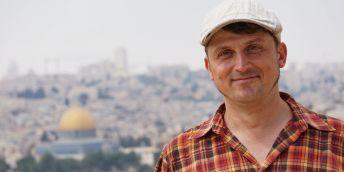 Politolog a právník doc. JUDr. PhDr. Marek Čejka, Ph.D. patří k předním českým odborníkům na politický vývoj na Blízkém východě. Na snímku v Jeruzalémě, kde se zabýval izraelsko-palestinským konfliktem.