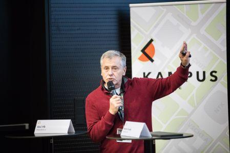 Doktorský student má především vědecky pracovat, ane se věnovat pedagogice, říká profesor Martin Fusek. Foto: Universitas