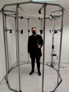 Nová fotogrammetrická stanice pro záznam povrchu těla.