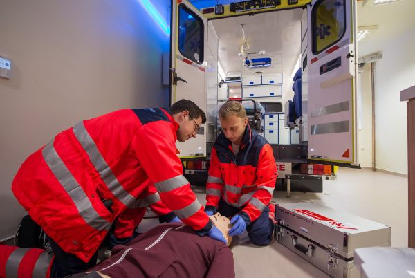 Simulace záchranné služby Jihočeského simulačního centra.