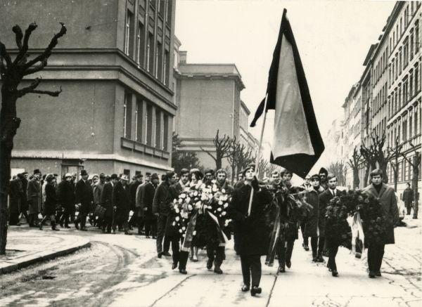Tryzna za Jana Palacha vBrně vroce 1969.