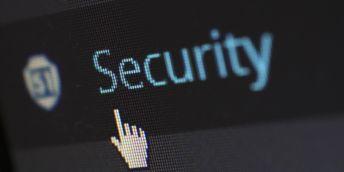Přechod na online poukázal na nedostatečné zabezpečení vysokých škol.